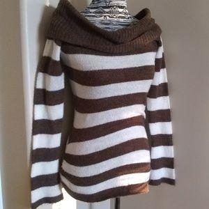 Cream & brown off shoulder knit top